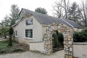 10617-Burbank-guest-house-WP