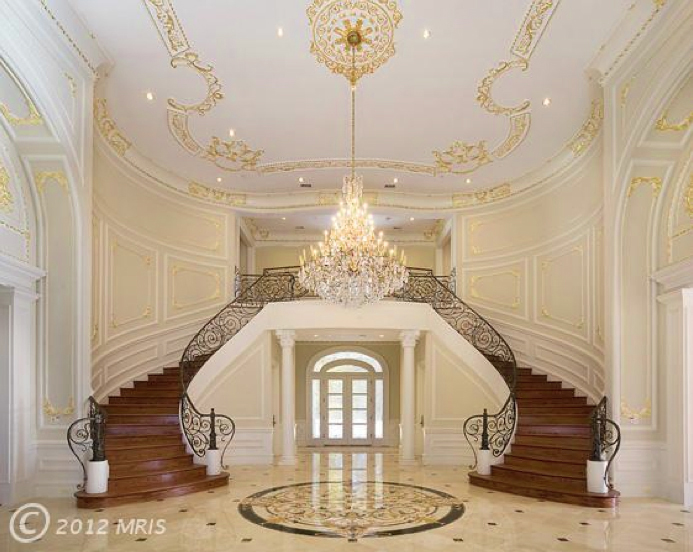 10501-Chapel---grand-staircase-for-8-19-13