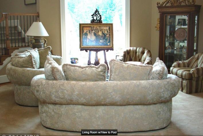 15151-Riding-Club-living-room